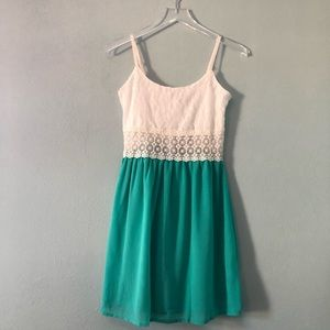 Boutique | teal and white lace sleeveless dress